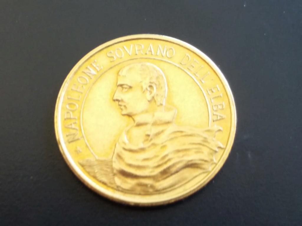 Ayuda con medalla de Napoleón. Img-2010
