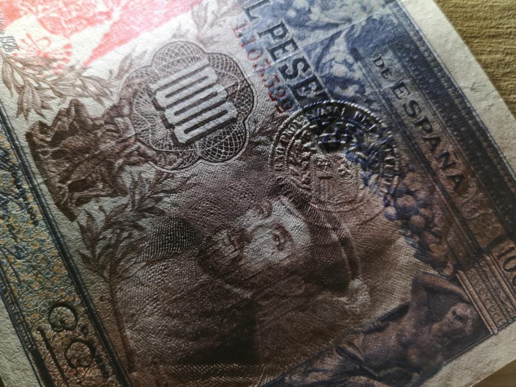 1000 pesetas de 1925 con sello en seco, 4 ejemplos Img_2026