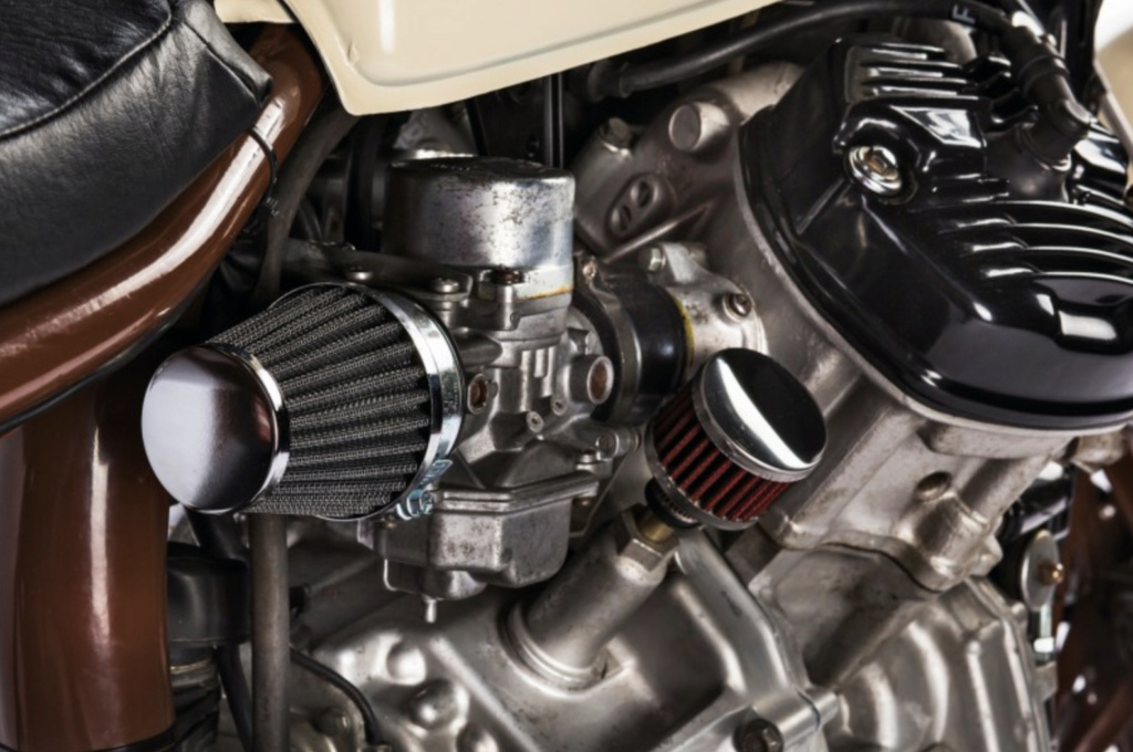Kleiner Filter am Motor - wie heißt der? Bildsc10
