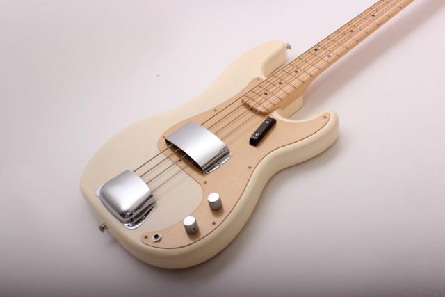 Corpo do PB nascendo, tomando forma. Luthier Clayton Oliveira Fender10