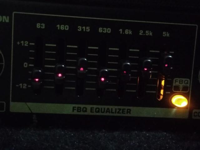 Como você ajusta o equalizador? P_201815