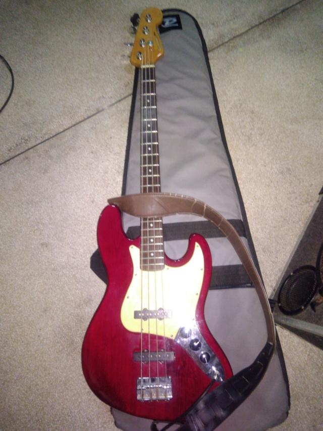 Contrabaixo Giannini Modelo GIB 420 Jazz Bass (ano 2001) P_201817