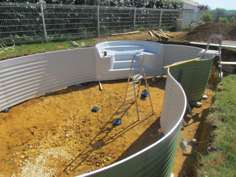 piscine celine7 avec escalier exterieur Img_8721
