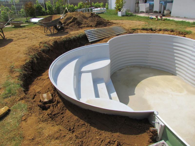 piscine celine7 avec escalier exterieur Img_8814