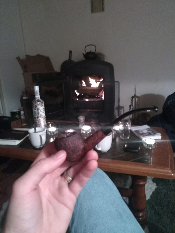 Pipes et tabacs du 21 décembre 18 Img_2050