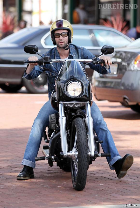Ils ont posé avec une Harley, uniquement les People - Page 14 88283410
