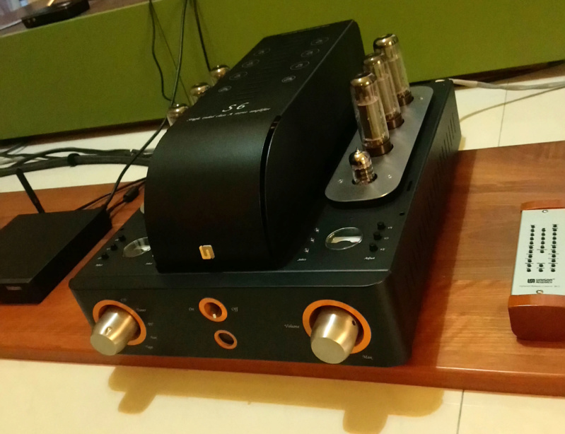 Unison Research S6 Integrated Amplifier (Used) Unison11