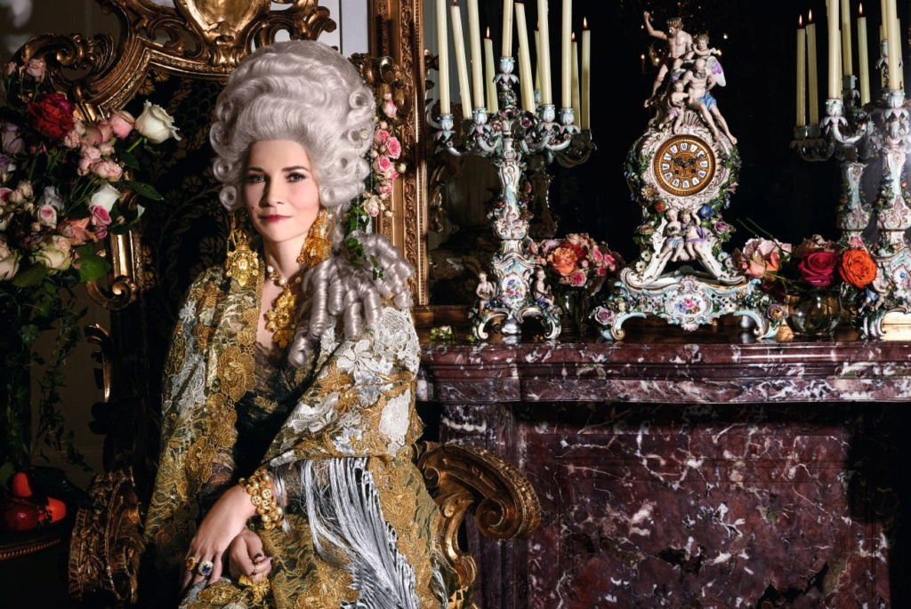 Queens in Couture Emptyn10