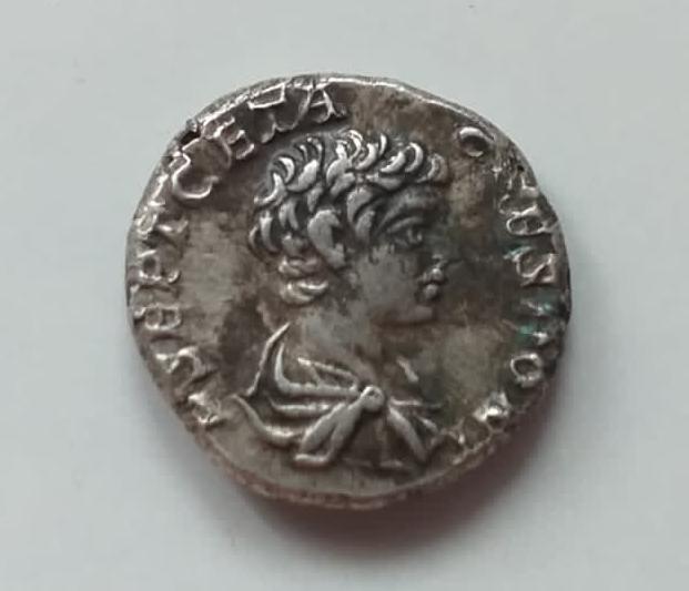 Denario de Caracalla y Geta.(¿Intercambio de cuños?). Roma 210