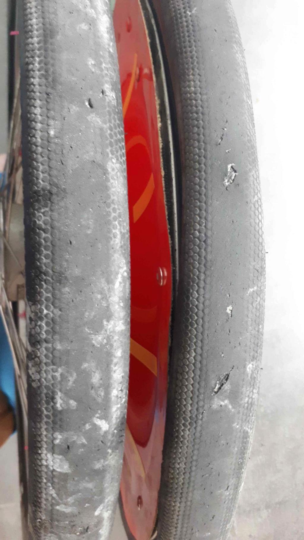 Le post des pneus en Vélomobiles - Page 28 G-one_17