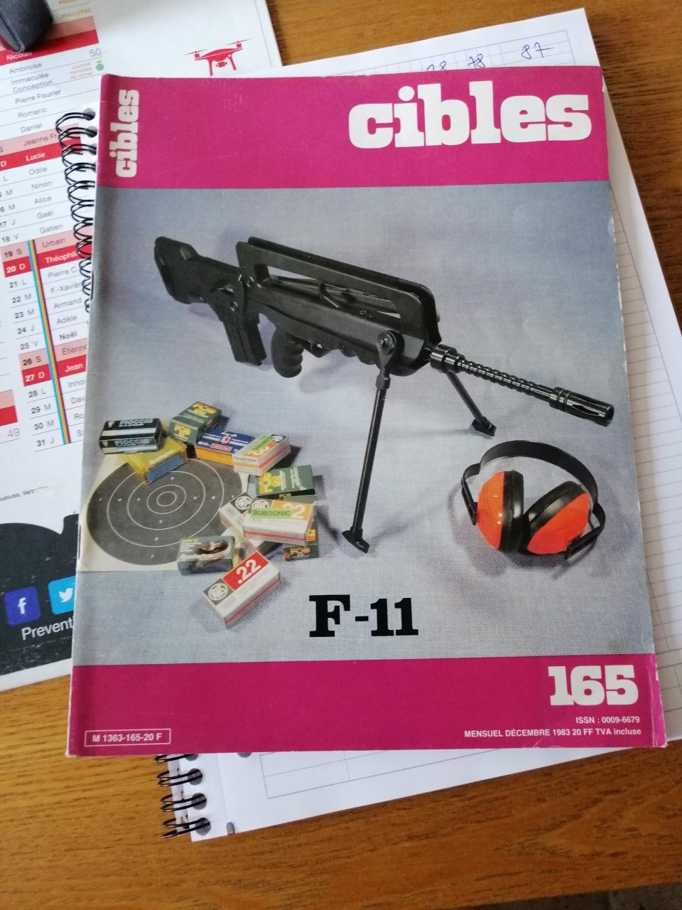 """Unique """"Famas"""" F11 Cibles11"""