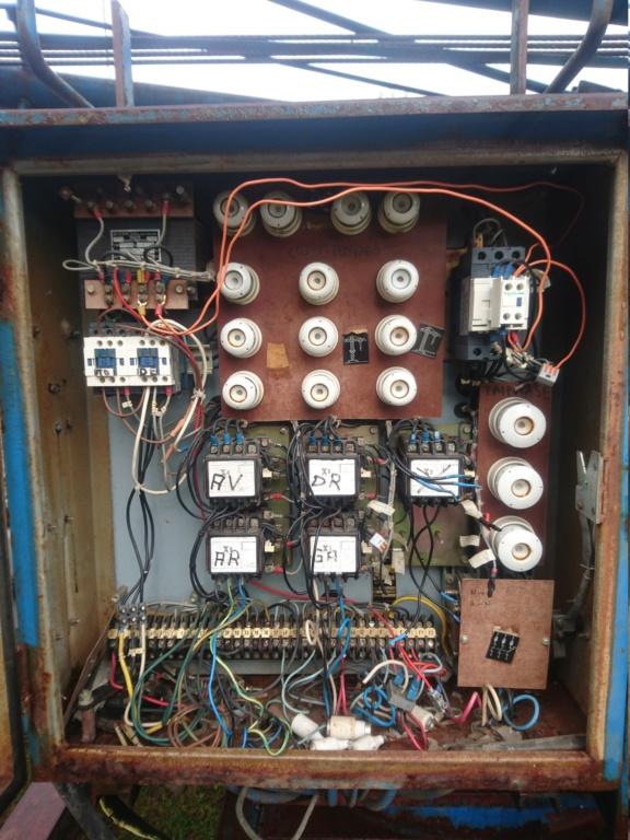 Remplacer une télécommande filaire de grue par une télécommande sans fil Dsc_1414