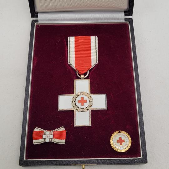 Estimation coffret Croix rouge Allemagne  43590810