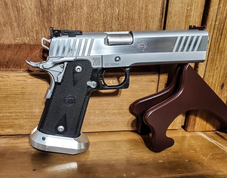 Off the market: STI Edge2011 Competition 40 Gun1-410