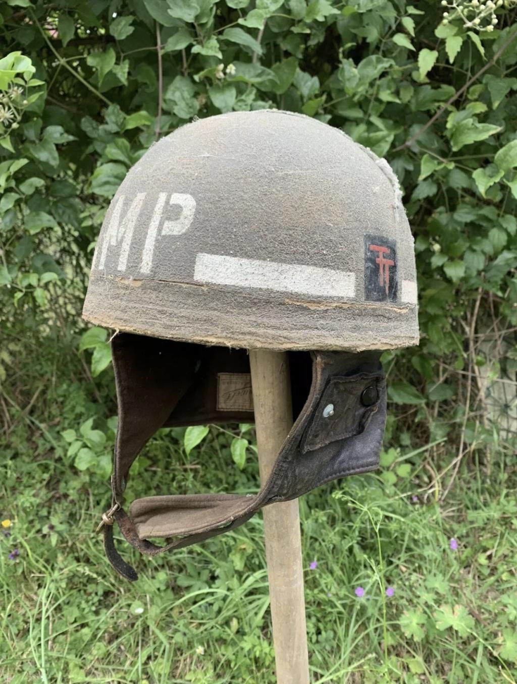 Rare casque anglais Mp 50 th division infanterie ww2 Normandie  80b72610