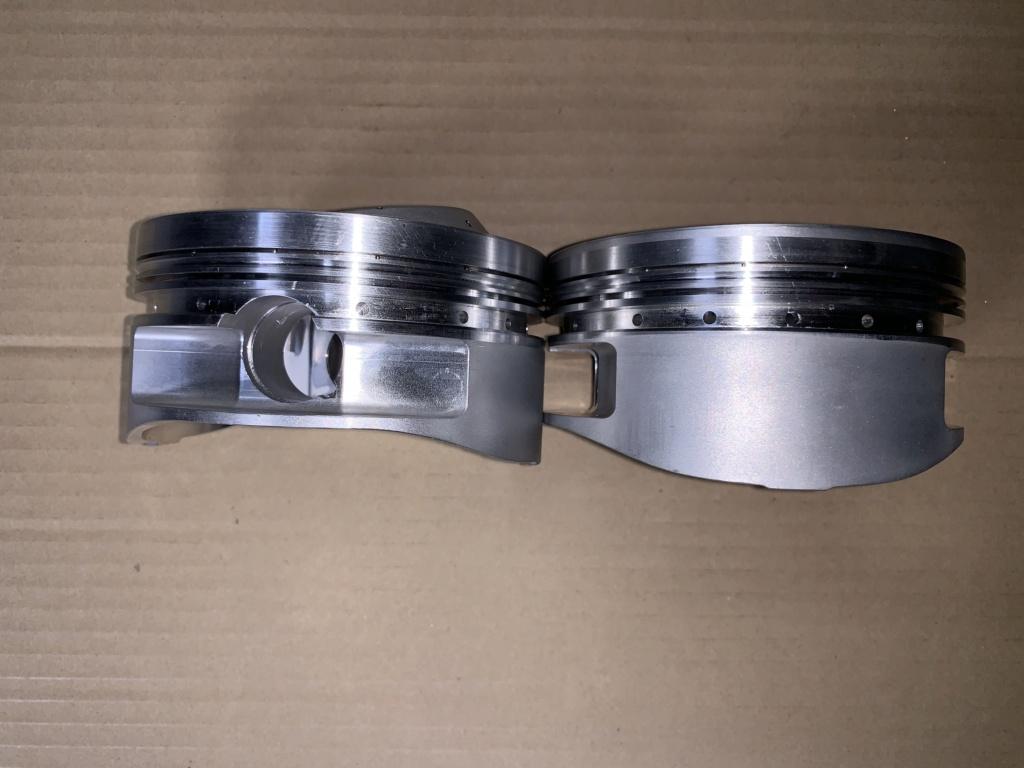 Diamond Custom Pistons for 4.625 bore SOLD 330e7110