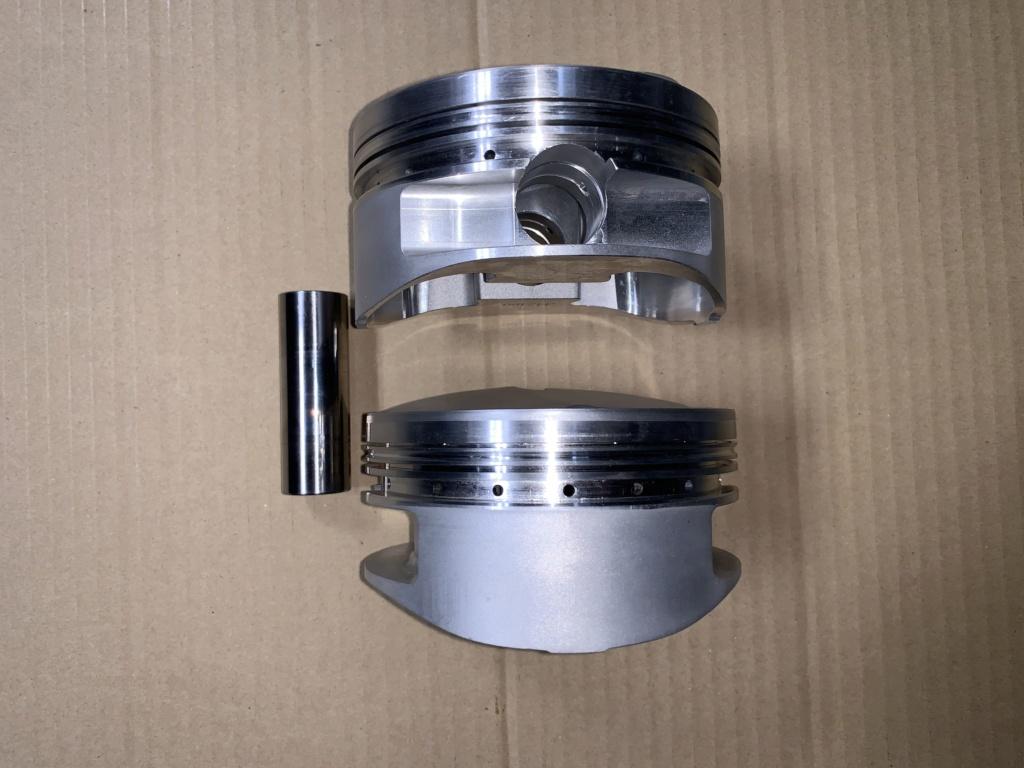 Diamond Custom Pistons for 4.625 bore SOLD F5b36310
