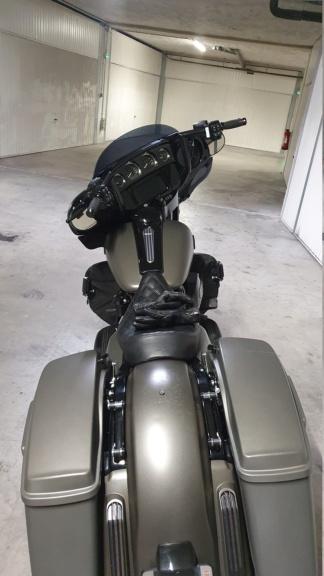 combien de STREET GLIDE  sur le forum Passion-Harley - Page 15 20201216