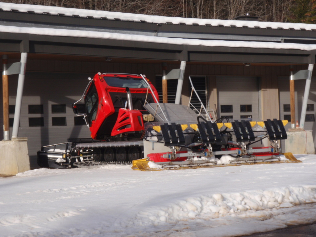 Dameuses la Feclaz Savoie Grand Revard Pc230010