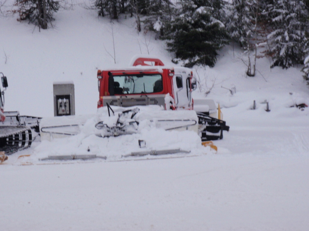 Dameuses la Feclaz Savoie Grand Revard Pc270011