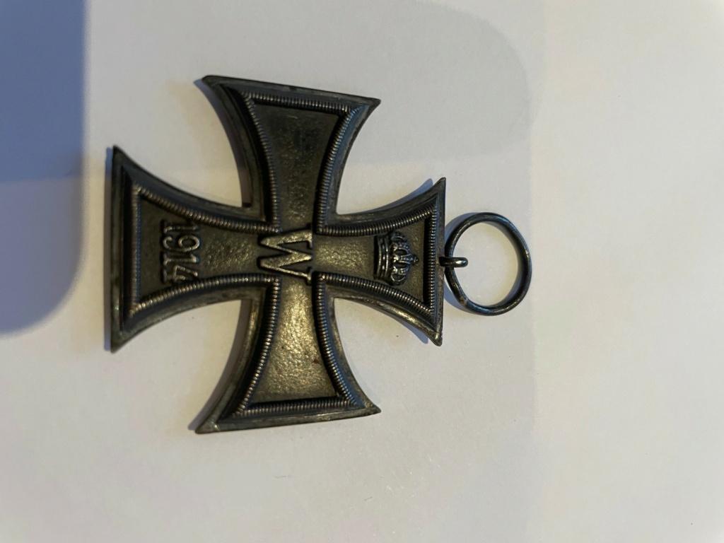 Authentification insignes et décorations allemandes WW2 410