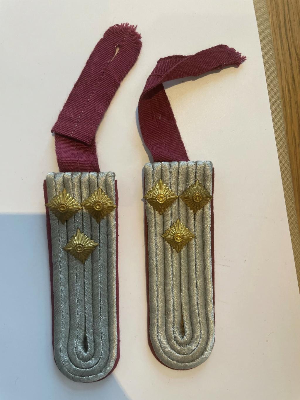 Authentification insignes et décorations allemandes WW2 Pattes10