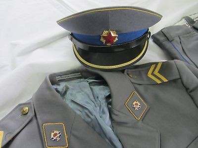 Ce képi gendarmerie est un Faux?  Police10