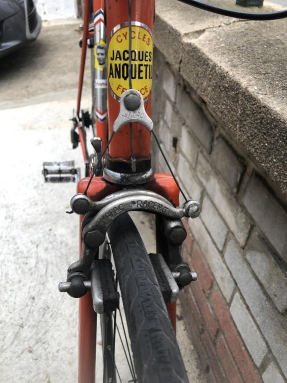 Pièces détachées d'un Vélo Jacques Anquetil couleur Gogo B40c7810
