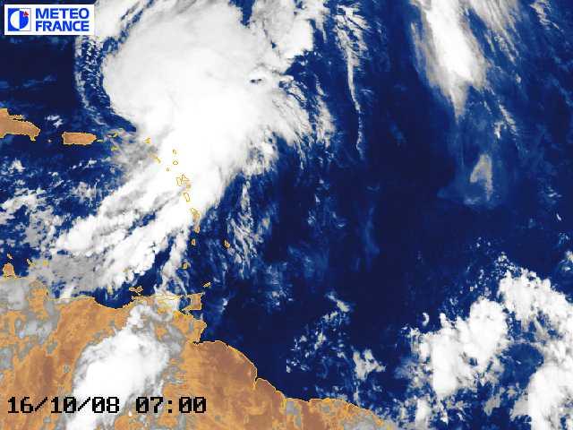 Ouragan OMAR !!! Octobre 2008 !!! Ouraga11