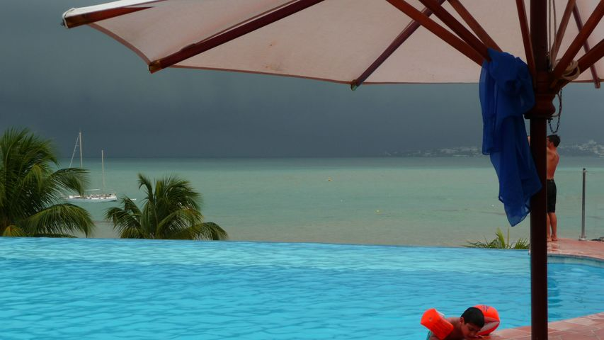Ouragan OMAR !!! Octobre 2008 !!! P1000814