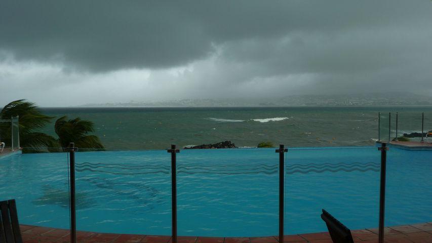 Ouragan OMAR !!! Octobre 2008 !!! P1000817