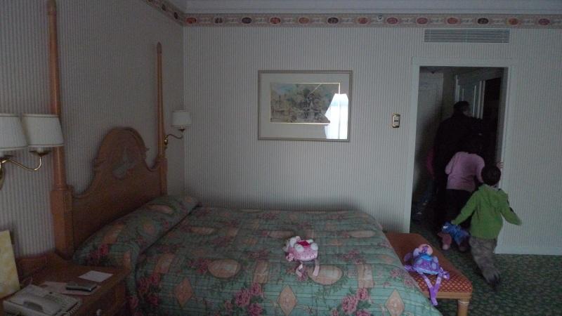 Disneyland Hôtel - Page 4 Annive24