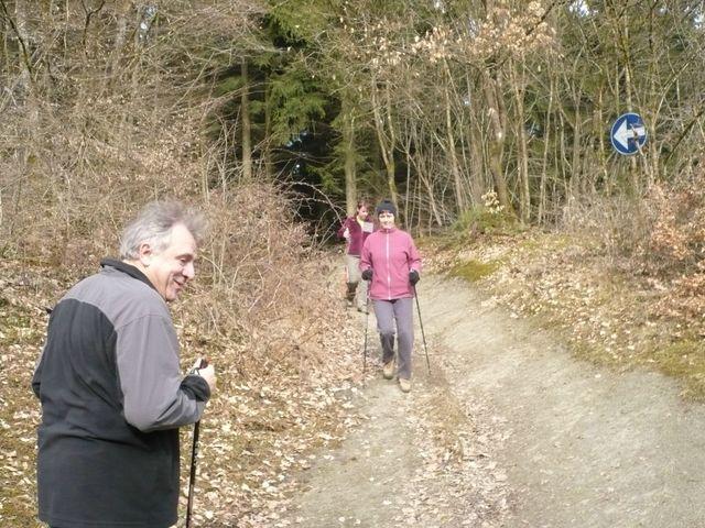 Sortie en Marche Nordique à sunclass le 01/03/09 Caf_ma53