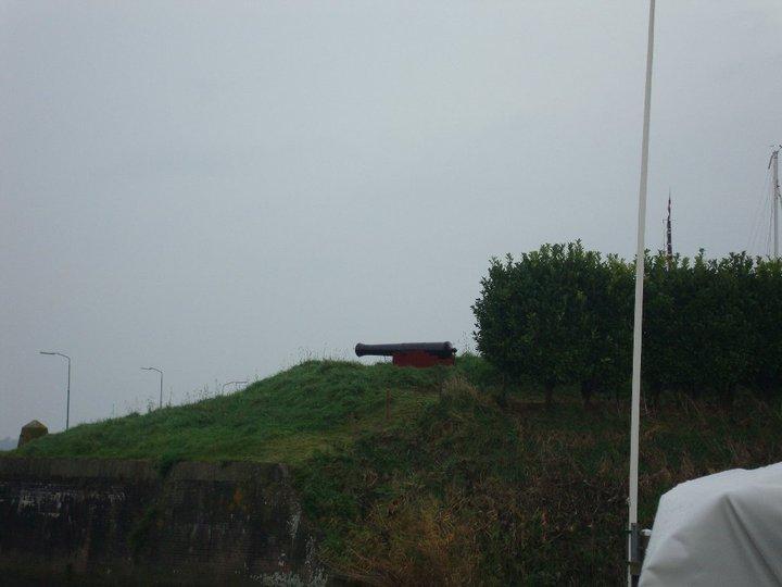 vendredi 29/19/10 photos du depart des cadets pour rotterdam - Page 2 W610