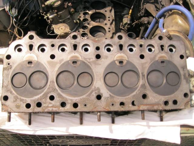 Petite devinette: qu'est-ce qui pourrait bien faire fumer un moteur diesel de lightweight... Img_0035