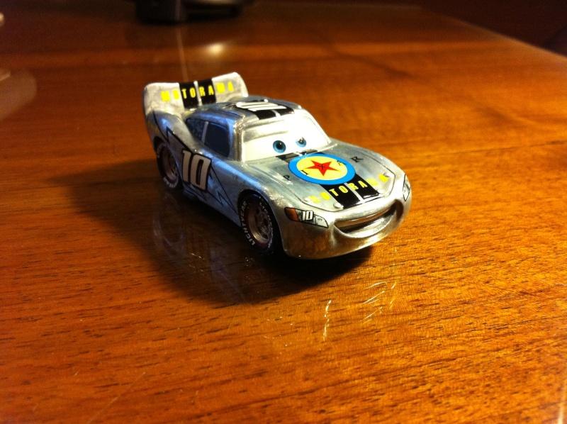 [recensement] Lightning McQueen Pixar Motorama Img_0016