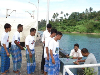 Myanmar Fishermen Went Back Home! 213