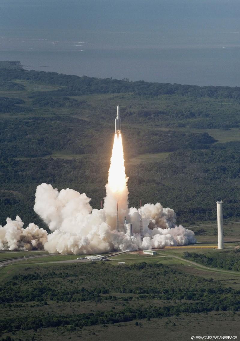 Les Tirs d'ARIANE 5... Ariane10