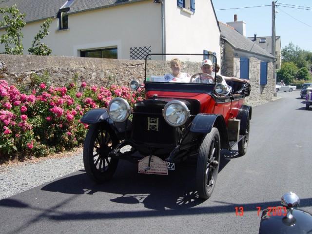 CONCOURS D'ELEGANCE 2003 - SORTIE DE YANNICK  Image125
