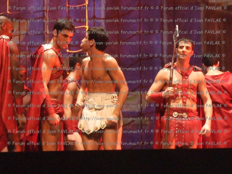 Cléopâtre : Ivan en Brutus Copie_10