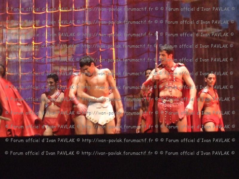 Cléopâtre : Ivan en Brutus Copie_12