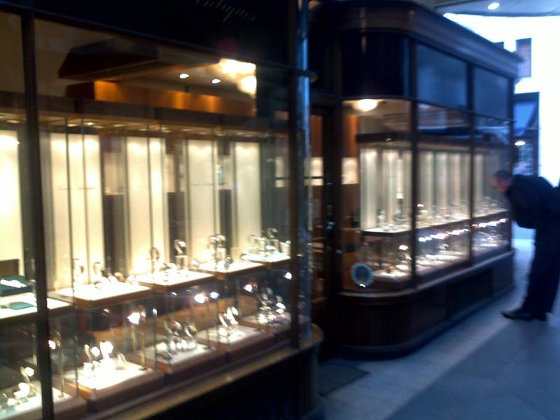 Boutique Omega Vintage à Londres, une bonne idée 10062015