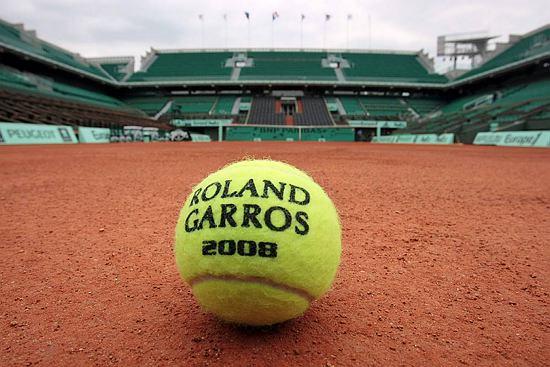 25/11 - Françoise défend les serres d'Auteuil jouxtant Roland Garros Get10