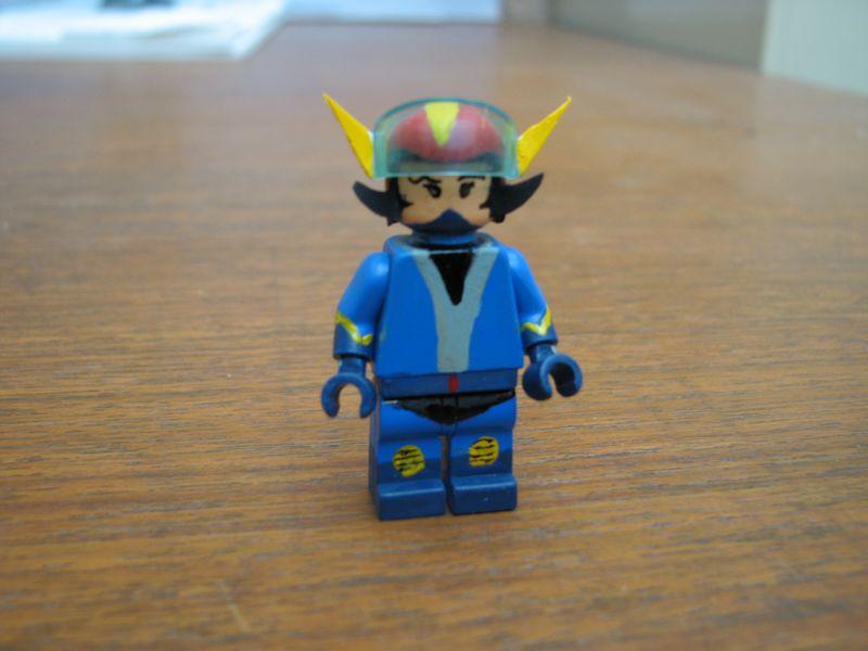 Customs lego  personnages de DA 80's de Fabax Alcor_10