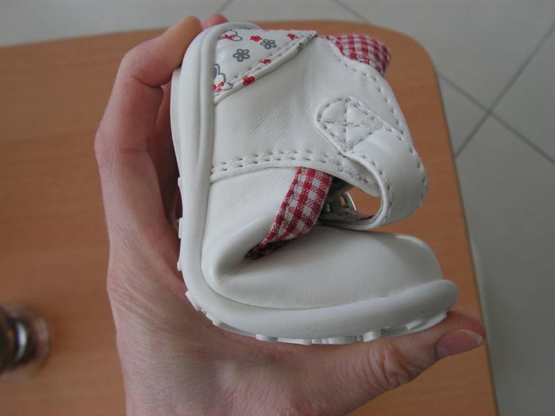 Chaussures souples enfants ou s'en rapprochant! - Page 3 Pict1522