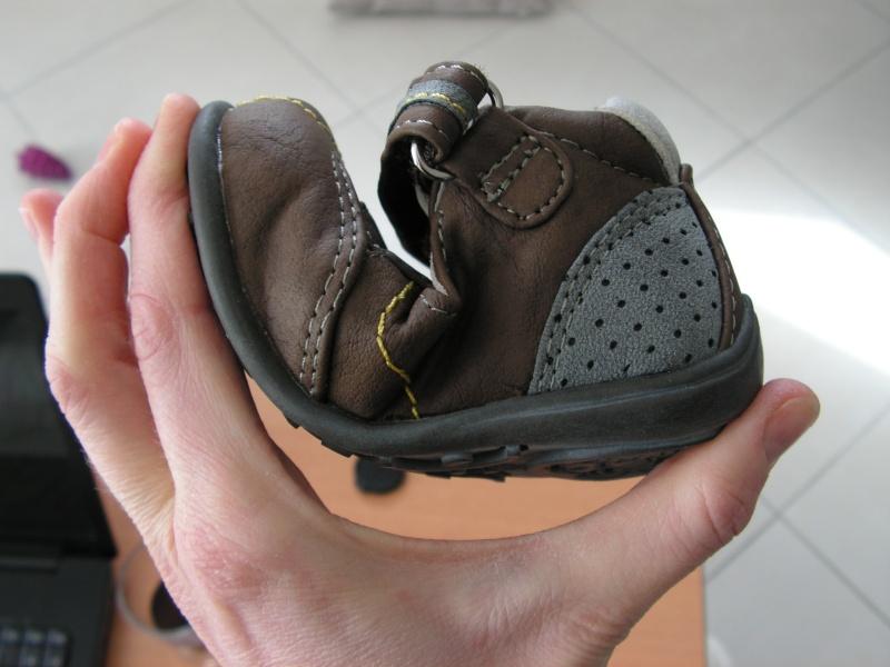Chaussures souples enfants ou s'en rapprochant! - Page 3 Pict1524