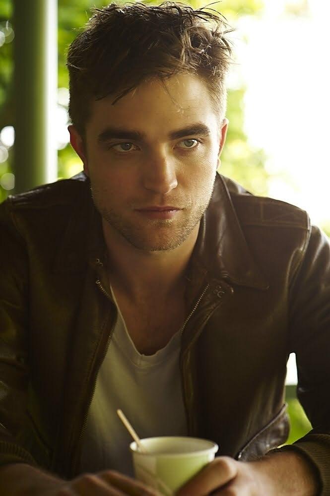 récap' Outtakes Robert Pattinson pour TVweek (Carter SMITH ) Outtak12