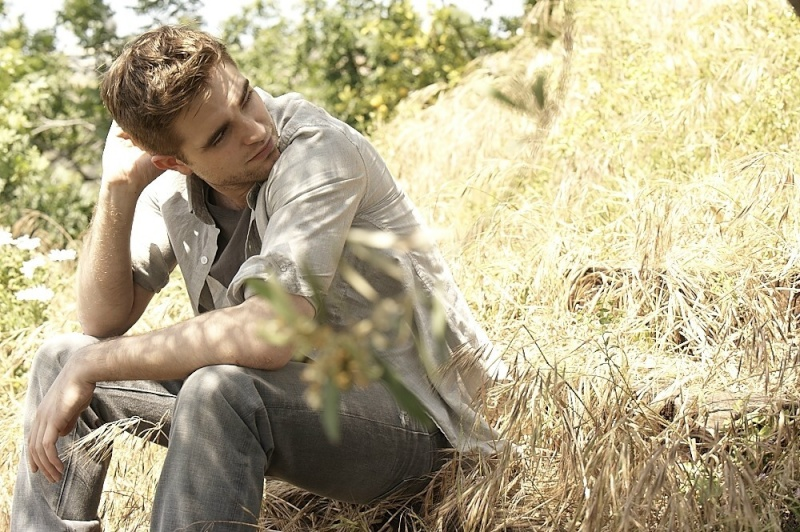 Nouveaux outtakes du shooting de Robert Pattinson pour Carter SMITH - Page 3 Photos10