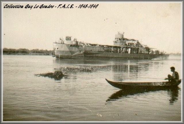 Les flottilles amphibies en Indochine - Fais et Fain - Dinas - Page 2 Forum_31