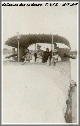 Les flottilles amphibies en Indochine - Fais et Fain - Dinas - Page 2 Forum_35